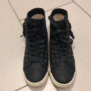 Ugg sneakers, size 6.5